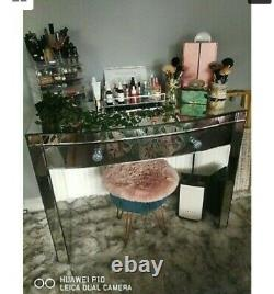 Curved mirrored dressing table, in good condition few marks are shown in picture