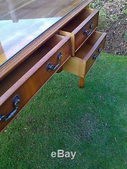 Decorative Dressing Table. Three Drawers/Cupboard/Mirror/Removable Glass Top