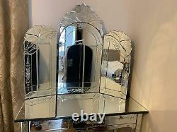 Mirrored Dressing / Vanity / Makeup Table with Mirror & matching Bedside Drawers