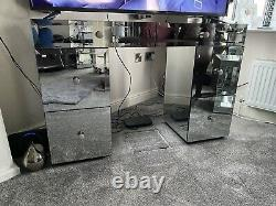 Mirrored glass dressing table/Tv Stand