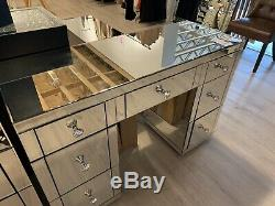 Stunning Classic Glass Mirrored Bedroom 7 Drawer Dressing Table