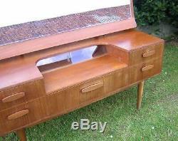 1960 Vintage Newbury Teck Table Grand Miroir / Porte En Verre Danois Style G Plan