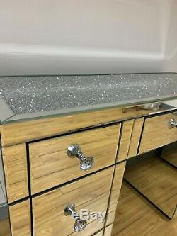Chambre Set Diamant Crush 7 Tiroirs Mirrored Coiffeuse Et 2 Tables De Chevet
