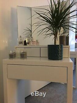 Dwell Marilyn Table De Toilette, Laque Blanc Brillant Avec Trois Voies Verre Miroir