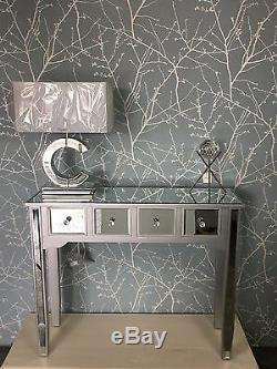 Georgia Argent Mirrored 4 Affichage Tiroir Console En Bois Salle Coiffeuse