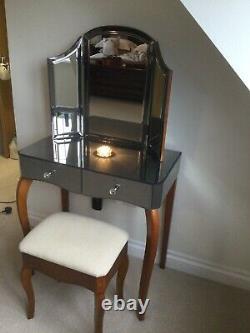 Laura Ashley Mirrored Dressing Table, Miroir Tri-pli Et Tabouret Stunning