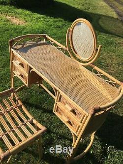 Midcentury Bambou Rotin Bureau Coiffeuse Miroir Tabouret Et Verre Top Vintage