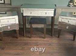 Miroir / Table D'habillage En Verre Et 2 Armoires De Chevet / Tiroirs / Tables