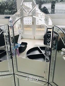 Nouveau Superbe Coiffeuse Vénitien Mirrored Cristal, Miroir & Set Tabouret