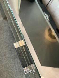 Suivant Console Coiffeuse Vénitien En Verre Mirrored Seulement Collect / No Paypal