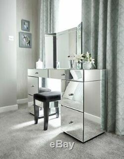 Suivant Mirrored Coiffeuse