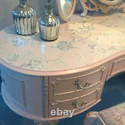 Table D'habillage De Style Français, Tabouret/miroir Rose