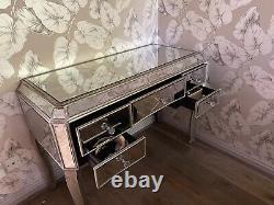 Table D'habillage En Miroir