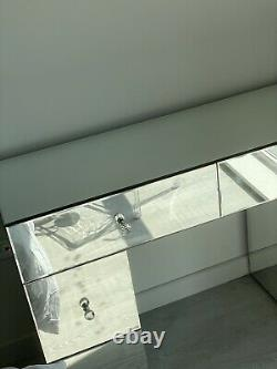 Table D'habillage Miroir Classique Nouveau En Excellent État