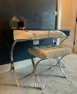 Table De Dressing Graham Et Green Mirrored Avec Tabouret En Cuir Blanc Assorti